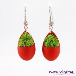 Boucles d'oreille goutte rouge du lichen