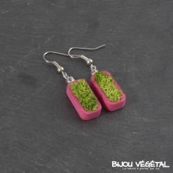Boucles d'oreille vertige rose avec végétal