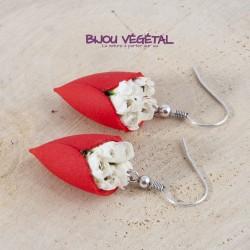 Boucles d'oreille Tulipe bordeau avec végétal