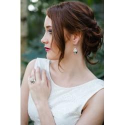 Boucles d'oreilles Prestige Goutte argent avec des petites fleurs blanches