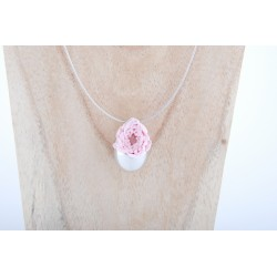 Collier Prestige Grande Goutte en argent massif avec une rose couleur rose claire éternelle
