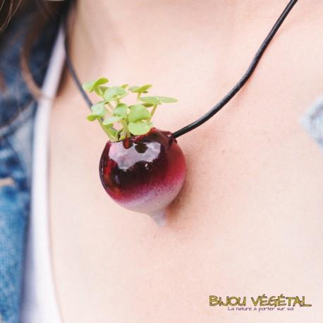 Collier verre radis peint avec végétal